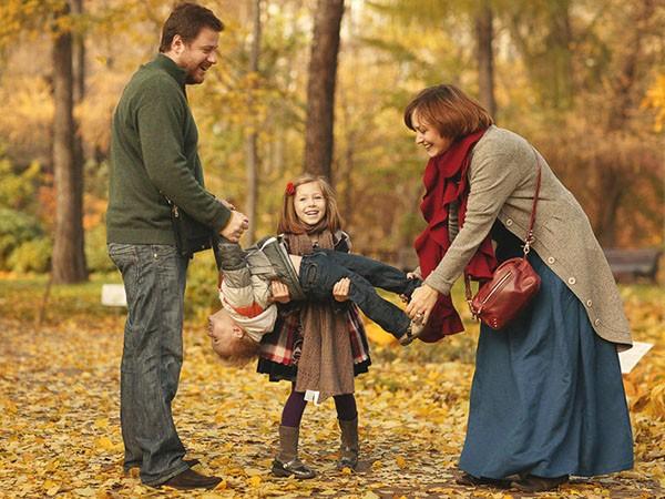 Семейные игры в парке