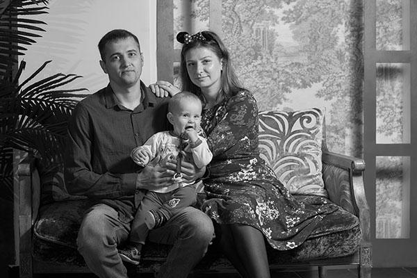 семейное черно-белое фото